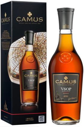 Коньяк Camus V.S.O.P., gift box, 0.7 л