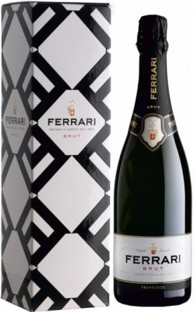 Игристое вино Ferrari Brut, Trento DOC, box, 1.5 л