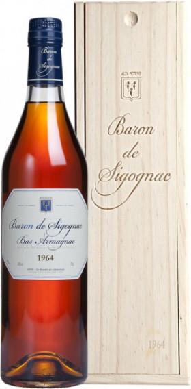 "Арманьяк ""Baron de Sigognac"", 1964, wooden box, 0.7 л"