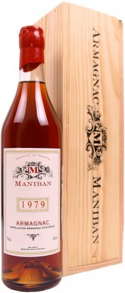 "Арманьяк Castarede, ""Maniban"" Armagnac AOC, 1979, wooden box, 0.7 л"