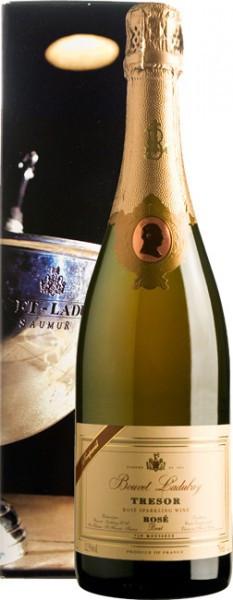 """Игристое вино Bouvet Ladubay, """"Tresor"""" Rose Brut, Saumur AOC, gift box"""