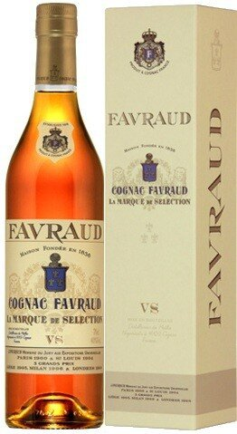 "Коньяк ""Favraud"" VS, gift box, 0.7 л"