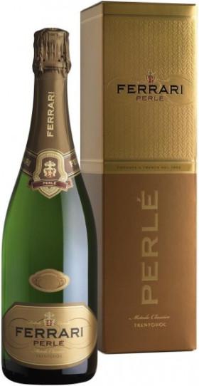 "Игристое вино Ferrari, ""Perle"" Brut, 2008, Trento DOC, gift box"