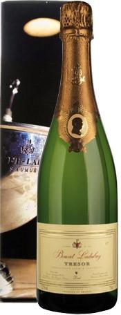 """Игристое вино Bouvet Ladubay, """"Tresor"""" Brut, Saumur AOC, 2008, gift box"""