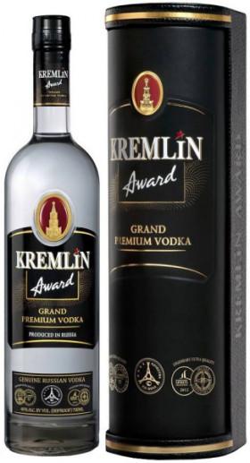 """Водка """"Kremlin Award"""", in leather tube, 0.7 л"""