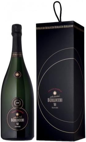 "Игристое вино Guido Berlucchi, ""61"" Franciacorta Nature DOCG, 2009, gift box, 1.5 л"