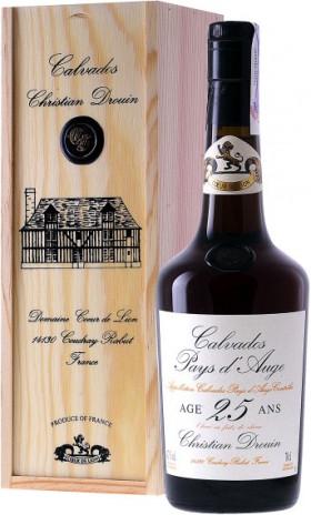 Кальвадос Coeur de Lion Calvados 25 ans, wooden box, 0.7 л