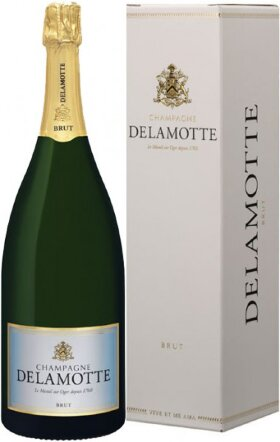 Шампанское Delamotte, Brut, Champagne AOC, gift box, 1.5 л