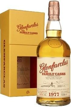 Виски Glenfarclas 1977 Family Casks (50%), in gift box, 0.7 л