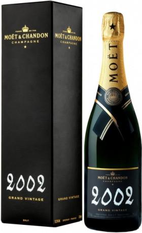 Шампанское Moet & Chandon, Brut Vintage 2002, gift box