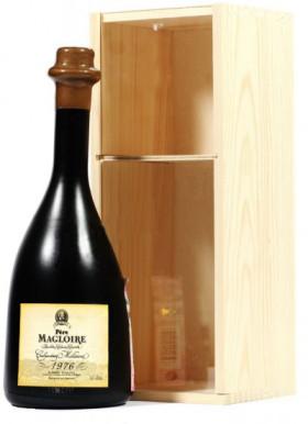 Кальвадос Pere Magloire, Calvados Millesime, 1976, wooden box, 0.7 л