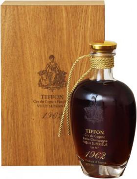"Коньяк Tiffon, ""Vieux Superior"", 1962, wooden box, 0.7 л"